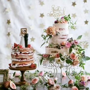 常にトレンドを取り入れたオシャレ花嫁に人気ケーキ。館内の専属パティシエがオートクチュールで作ってくれる|THE GRAND HOUSEの写真(1715135)