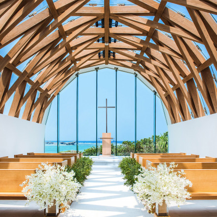 瀬良垣島教会(アールイズ・ウエディング)