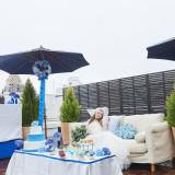 屋上テラスでのオープンエアなガーデン挙式も可能
