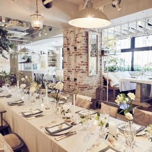 ナチュラル×アンティークが融合した一軒家レストランで、アットホームな人前式&パーティを