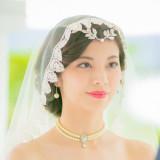 マリアベールを使った洗練された花嫁スタイル