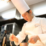 有名シェフが食材にとことん拘り、心を込めてお創り。ホテル自慢の味をぜひ確かめて。