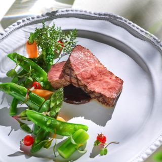 ≪来館特典≫絶品特選牛サーロインを堪能できる試食付き