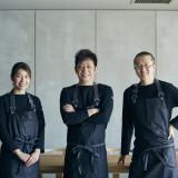 IWAIでは、一番肩書きのある料理長がメニューを決めるのではなく、客観的に「美味しい」を追求していく形を取ったチーム方式を採用しています。