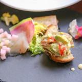 彩り豊かなフレンチ前菜と黒毛和牛のメインが絶品! 辻調理師専門学校出身のチームで立ち上げた teamTsuji【t.T.banquet】の料理をご堪能ください