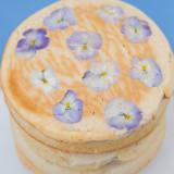 食べられるお花エディブルフラワーが可愛いウエディングパンケーキ