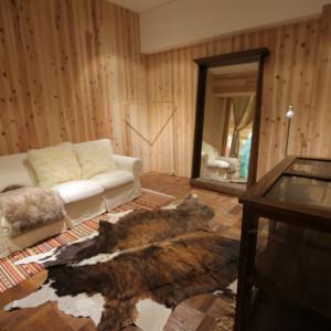 3部屋あるフィッティングルームは全てテイストの異なるインテリアでデザインされています!|TVB(ティヴビー)の写真(7420150)