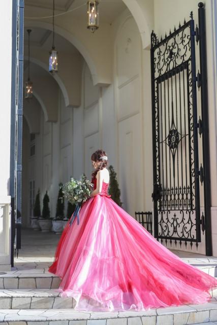 627707204337b 色別 ハナレポ花嫁が選んだカラードレス30選 編集部厳選