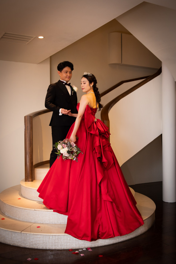 "{YOU AND}""あなたと""作り上げるアットホームで自分達らしいオリジナル日韓国際結婚式"