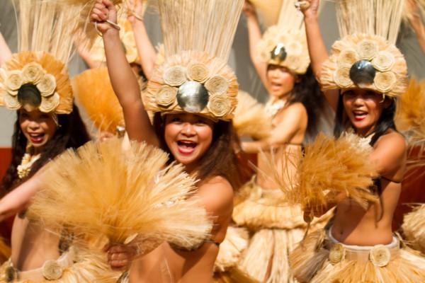 タヒチアンダンスのショーも!