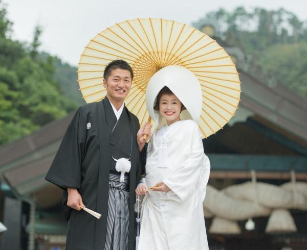 伝統と格式のある出雲大社で挙式を行った。白無垢に綿帽子のあさみさん、とってもきれい!