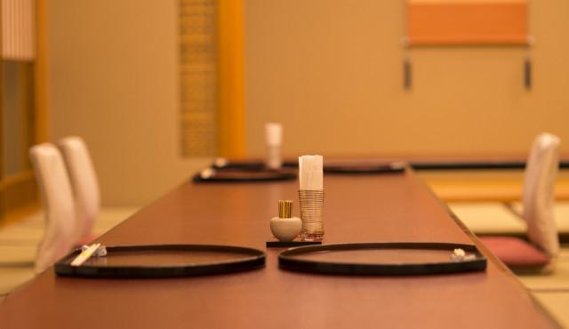 【みんなはどうした?】両家顔合わせ食事会のリアルを知る*完全準備ガイド