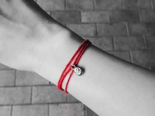 赤い 糸 効果