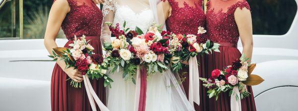 e6fc58e7dc6bd 今さら聞けない 女性ゲストの結婚式服装お呼ばれマナー!NGマナーから ...