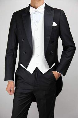 【燕尾服】 男性の夜の正礼装で、背面の裾が長く