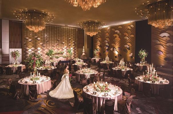 理想の花嫁姿が見つかる♪最高級ウエディングドレスのファッションショー付きフェアが限定開催!