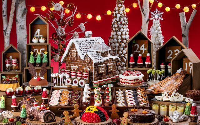 ミニチュアサイズのクリスマスマーケット!ヒルトン東京お台場でクリスマス限定デザートブッフェが開催
