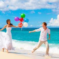 リゾートにおすすめ♡ビーチ向きアクティブウェディングドレス5選