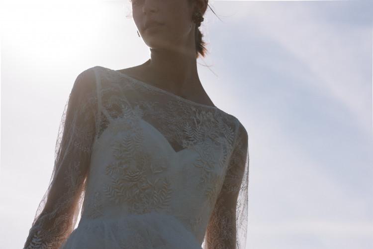 海外挙式までの準備時間がある今だから。「デザイナーにドレスについて聞いてみよう企画」を開催中!