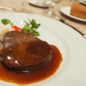 肉料理(牛フィレ肉のステーキ) 335765さんのCasa Noble OSEIRYUの写真(433219)
