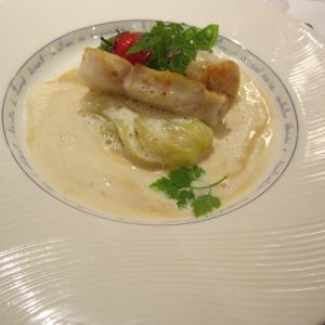 天然真鯛のソテー帆立貝のグリエ貝の旨味モリーユのバターソース 338374さんのフランス料理店 ラ・ロシェル福岡の写真(18184)