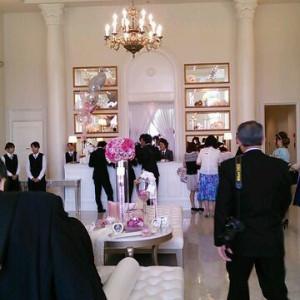 ロビーです。奥が受付。かわいらしい雰囲気で期待感があります。|380048さんのアーヴェリール迎賓館(岡山)の写真(165595)