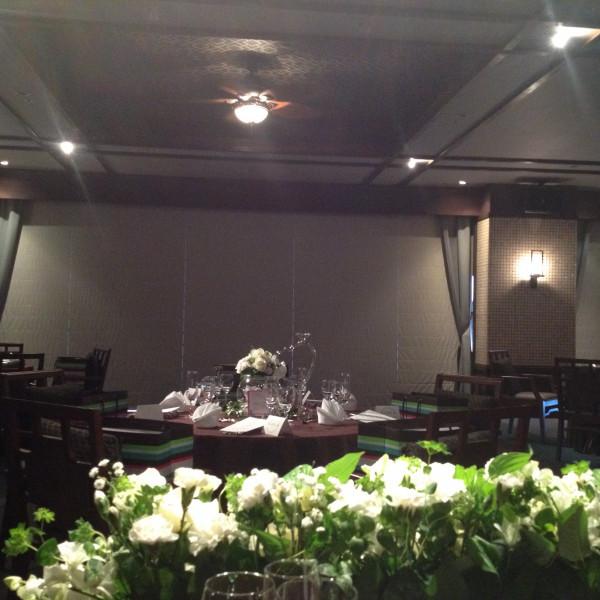 メインテーブルから見た披露宴会場
