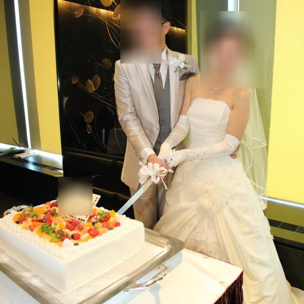 ケーキの入刀