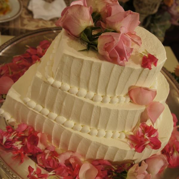 お気に入りのウェディングケーキです♪