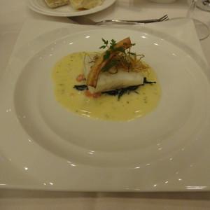 メイン(白身魚)|441225さんのザ・グランスイート (-small luxury resort- THE GRAN SUITE)の写真(472569)