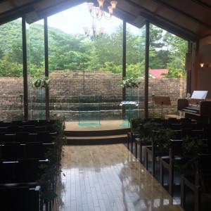 チャペルは自然光が入り広々としています|443512さんのヴィラ・デ・マリアージュ軽井澤の写真(377856)
