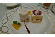 デザートとウエディングケーキ