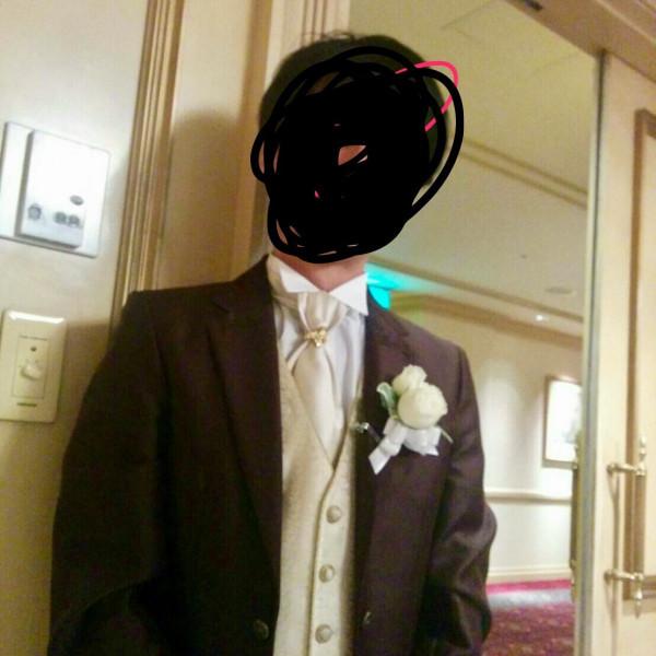 ホテルで借りれる新郎衣装