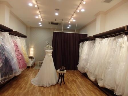 衣装室 ドレスが豊富です