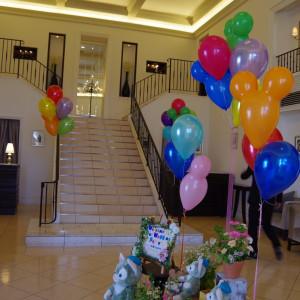 ウェルカムスペースとチャペルにつながる階段 480207さんのベイサイド迎賓館(静岡)の写真(534147)