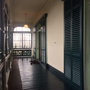 雰囲気のある洋館の渡り廊下|483603さんの旧グッゲンハイム邸の写真(541791)