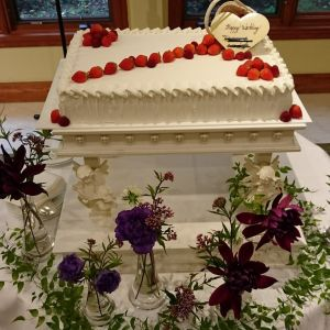 好きなデザインのケーキを作ってもらうことができます!絶品!|486947さんのホテル軽井沢エレガンス 「森のチャペル軽井沢礼拝堂」の写真(550054)