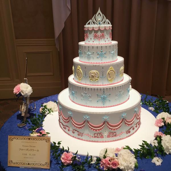 アナ雪イメージのケーキです