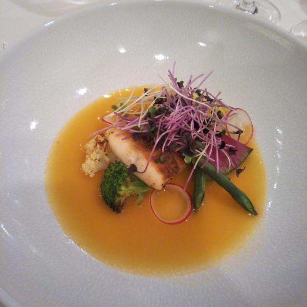 お魚料理は、真鯛だったと思います。 美味しかったです!