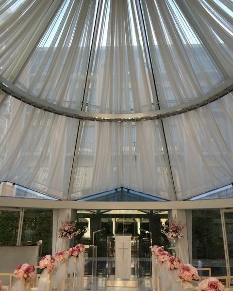 チャペルは天井部もとても特徴的。