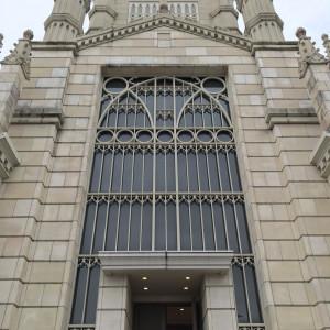 チャペルの外観です。|493738さんのアビー・ラ・トゥール教会(ウエディングセントラルパーク)の写真(577620)