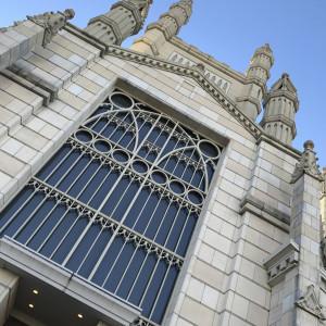 浜松駅付近を歩いていると、高くそびえ立っています。圧巻です。|494182さんのアビー・ラ・トゥール教会(ウエディングセントラルパーク)の写真(581326)