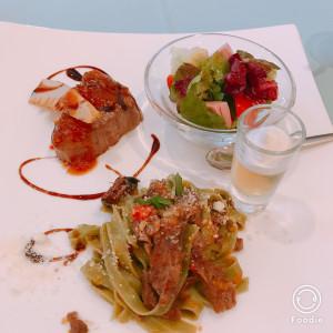ライブキッチンがあり、音や香りまで楽しめます♫|495978さんのブランニューウエディング グラントリアの写真(589708)