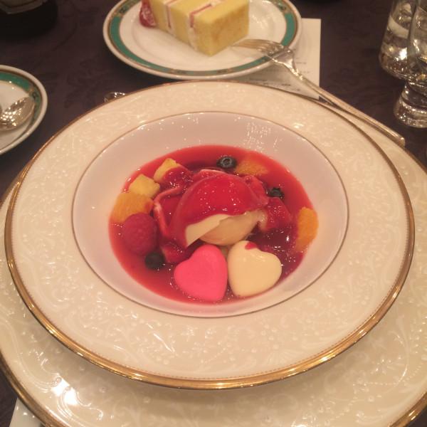 彩りフルーツのスープ仕立て