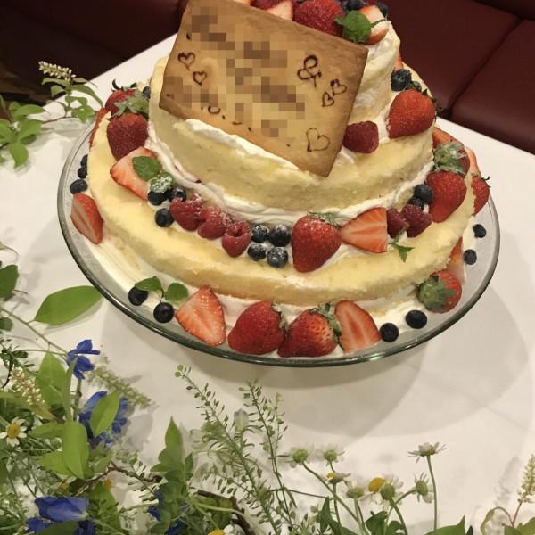ケーキはスクエアタイプ以外に変更可能です。