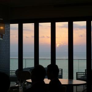 ちょうど夕陽がみえます。|501030さんのPOSILLIPO(ポジリポ)の写真(621548)