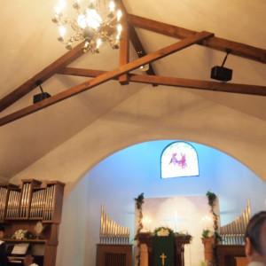 天井。ステンドグラスがとても綺麗です♪♪♪|502953さんのロックハート城ウエディングの写真(799225)