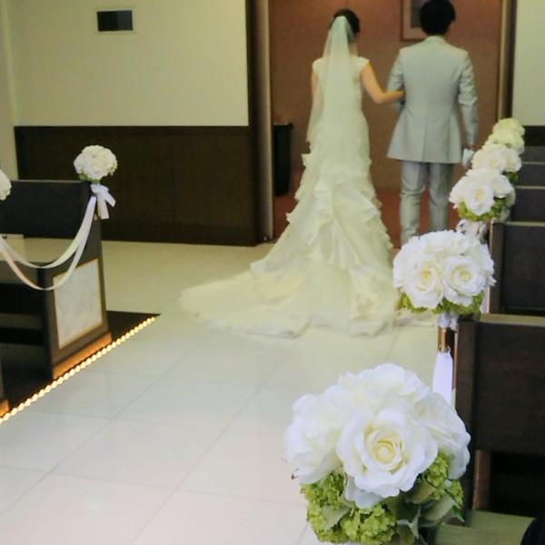挙式会場の新郎新婦の出入口