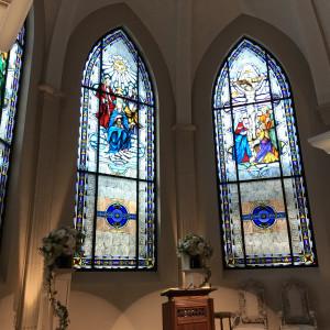 式場のステンドガラスです 506583さんのローズガーデンクライスト教会の写真(645892)