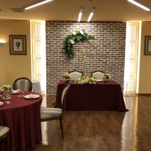 この日は丸テーブルでしたが、長方形のテーブルも可とのこと。|507662さんのウェディングチャペル アンジェラの写真(650754)